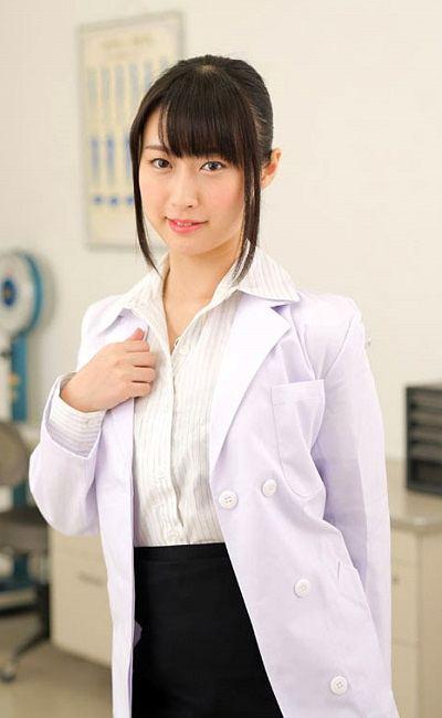 Hình sex khoe lồn của em bác sĩ Tomomi Motozawa